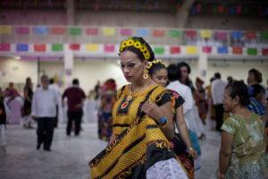 Oaxaca aprueba reforma para proteger derechos de comunidad trans y muxe
