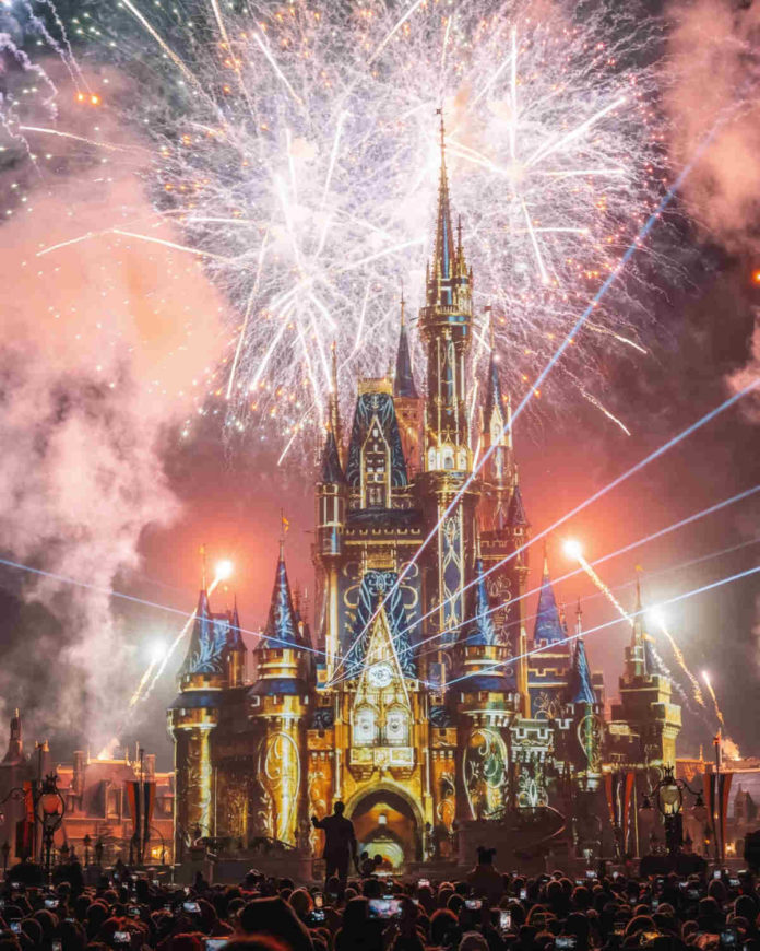 Actores y cantantes regresan a Disney World