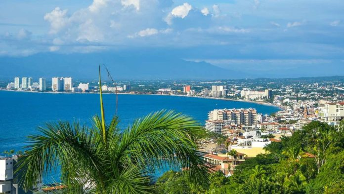Puerto Vallarta se prepara para regreso de cruceros