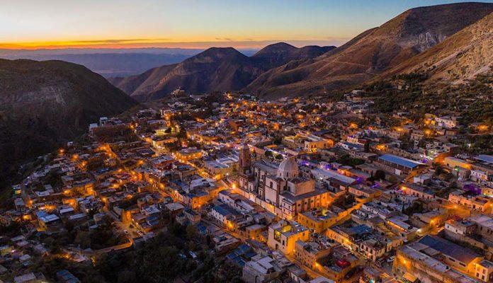 Tirolesa mágica en Real de Catorce… a 500 metros de altura