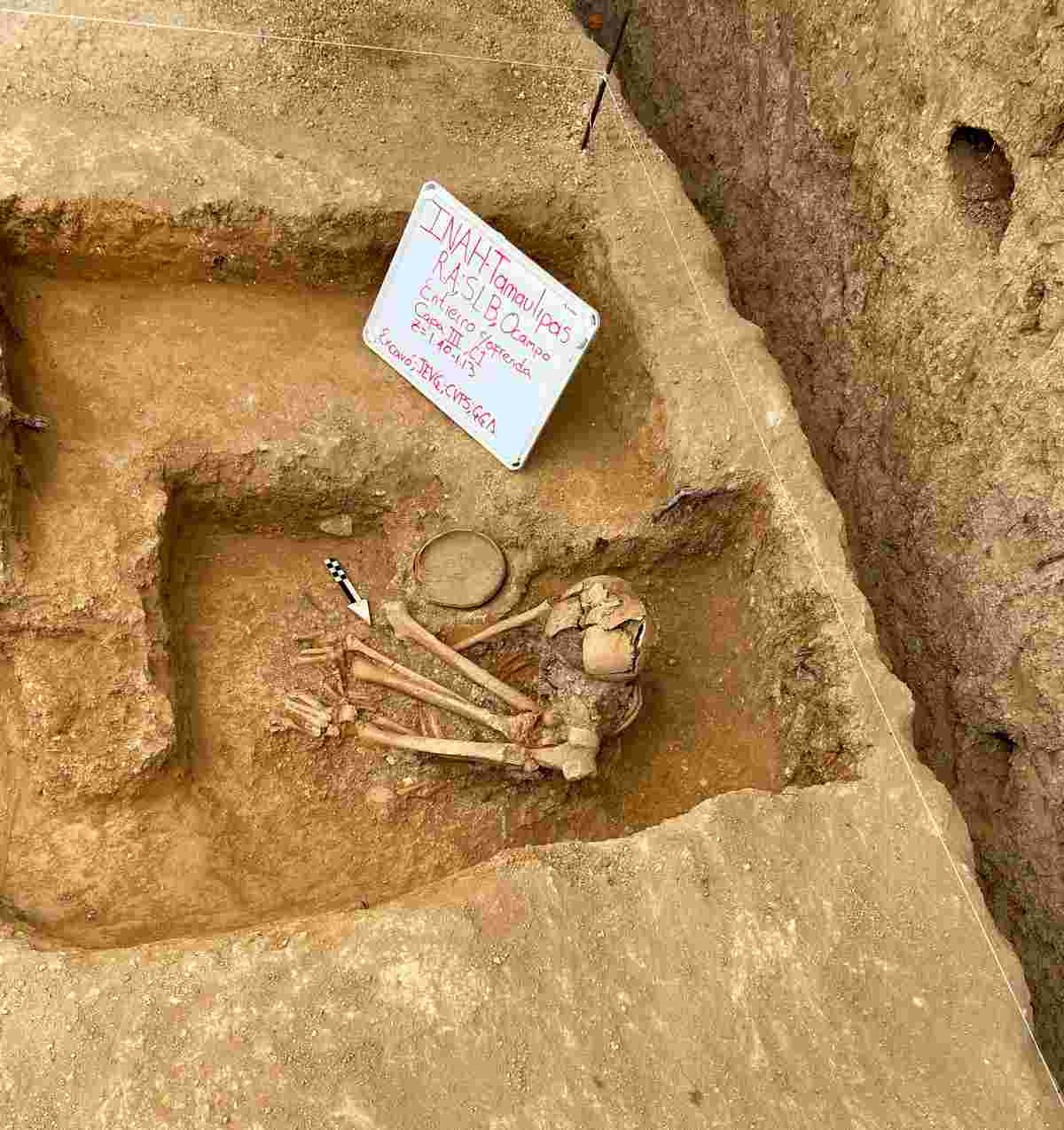 INAH encuentra tumba prehispánica en Tamaulipas