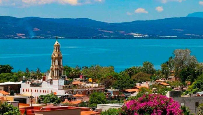 Ajijic, en Jalisco, el pueblo del lago