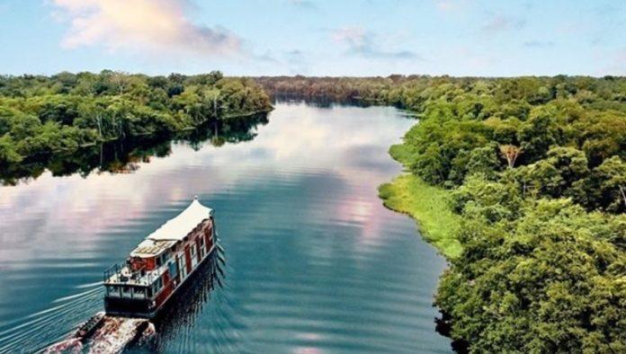 De crucero por la Amazonía peruana