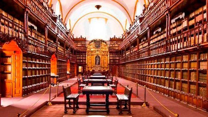 Conoce la bella Biblioteca Palafoxiana