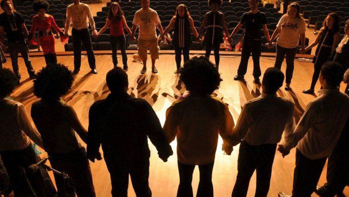 Comienzan obras de teatro presenciales en CDMX