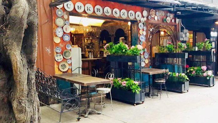 Budapest Café Cukrászda: tradición húngara en la Condesa