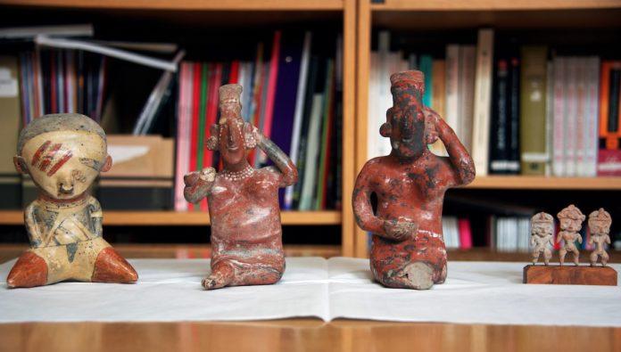 Devuelve Australia cuatro piezas arqueológicas a México