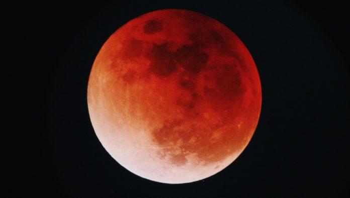 Buenas noches: ¡que disfrutes el eclipse penumbral de Luna!