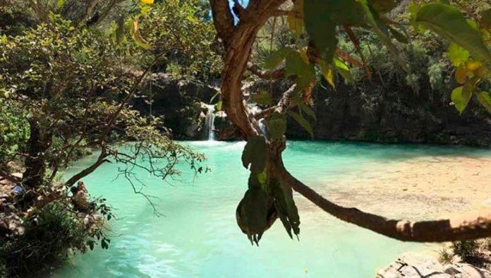 Sumérgete en las cascadas de Comala, en Chiquilistlán, Jalisco