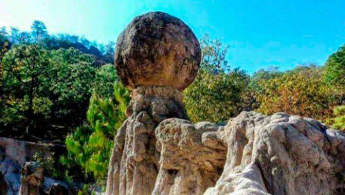 Conoce el fascinante cerro Piedras Bola, en Jalisco