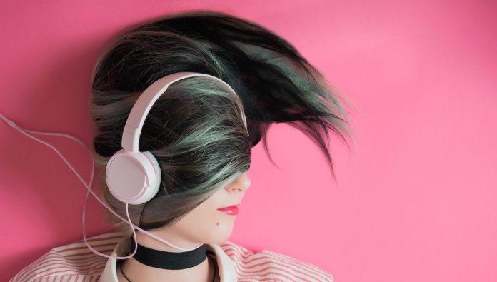 Deezer, plataforma musical que lanza un canal para sentirse bien