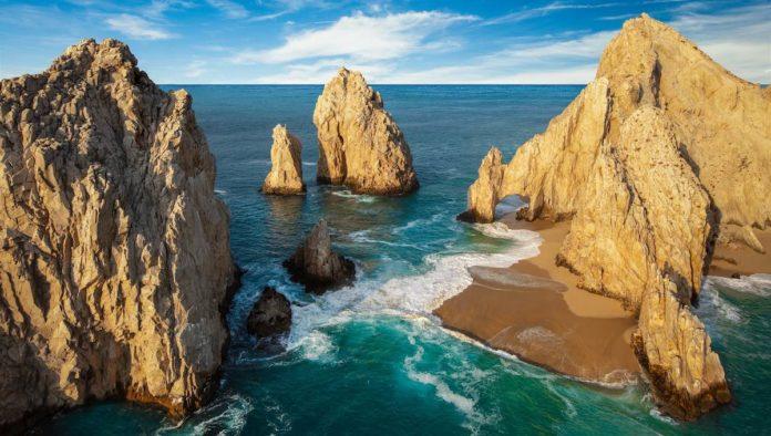 Cierran sucursal de Liverpool en Baja California Sur en pleno Buen Fin