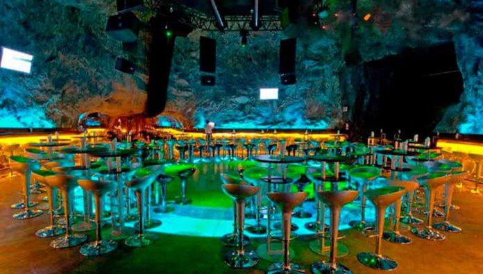 Baila y diviértete en la Mina Club Disco & Bar, en Zacatecas