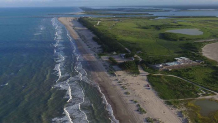 Déjate llevar por el anzuelo en playa La Pesca, en Tamaulipas