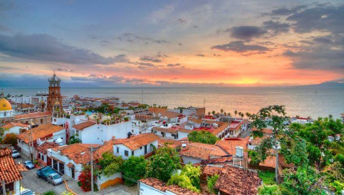 Puerto Vallarta muestra claros signos de recuperación turística