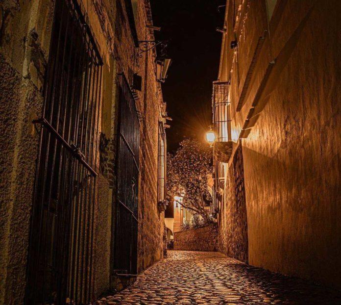 Álamos: déjate sorprender por la arquitectura de la Ciudad de los Portales
