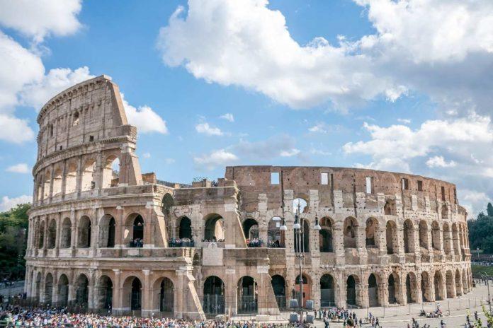 Reconstruirán arena del Coliseo de Roma