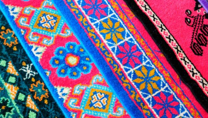 Conoce los icónicos y bellos tapetes de Temoaya