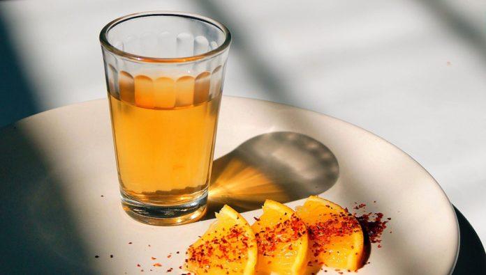 Caballito: fiel compañero del tequila desde el siglo XIX