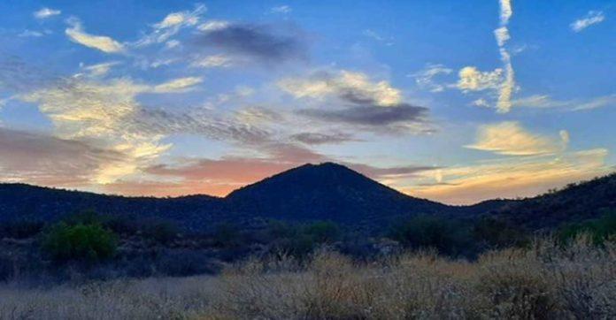Recorre el impresionante Cerro del Bachoco, en Hermosillo