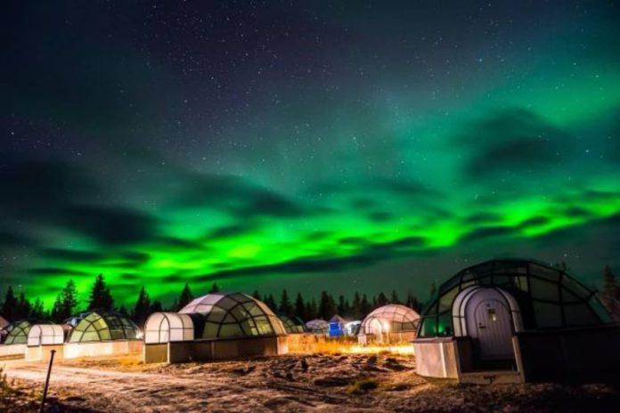 Conoce los iglús transparentes para ver las auroras boreales