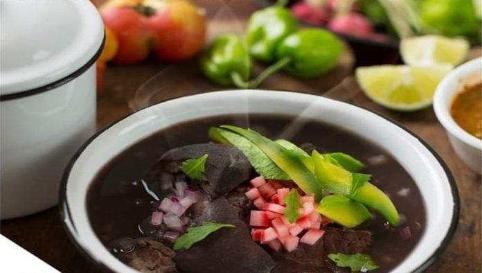 Frijol con puerco, ¿por qué es el platillo de los lunes en Yucatán?