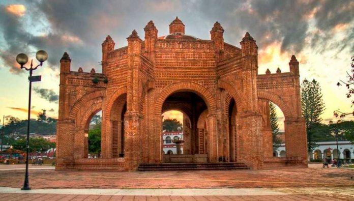 Conoce la espectacular La Pila, la Fuente monumental de Chiapa de Corzo