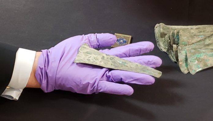 México recibe de Estados Unidos casi 4 mil monedas de cobre precolombinas