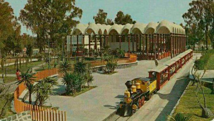 Llénate de nostalgia con el trenecito de Chapultepec