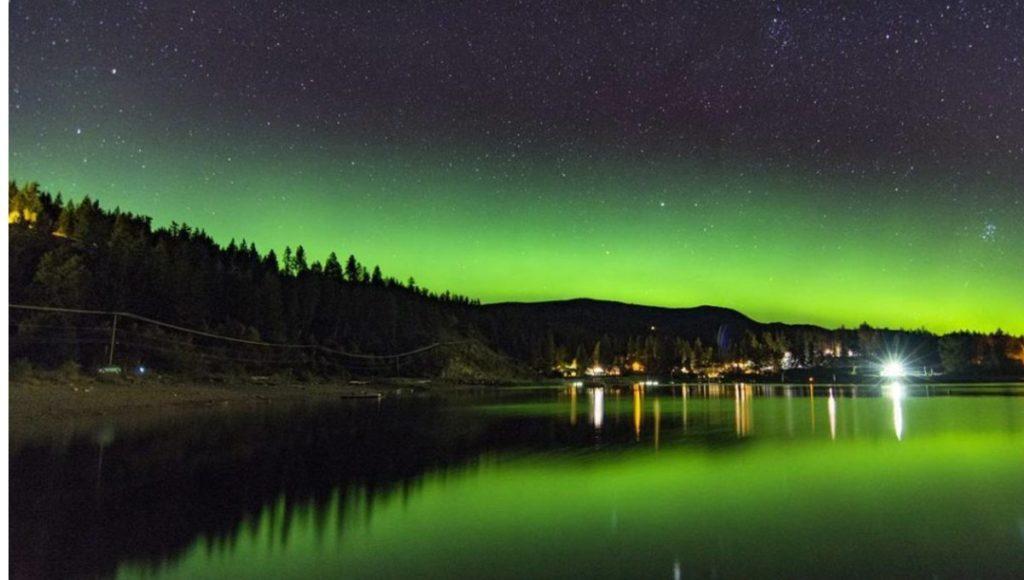 Estos son los mejores lugares para ver auroras boreales en la Columbia Británica