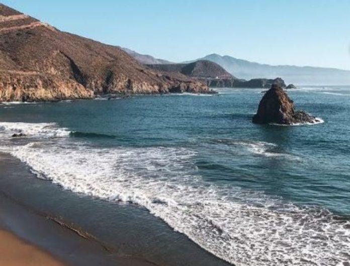 Bahía Papalote, una playa que resopla con furor