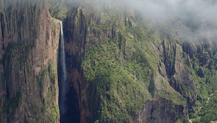 Cascada Huajumar: la caída temporal más alta de México