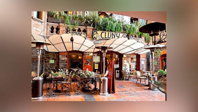 Viaja a la elegancia bohemia en el restaurante Cluny en San Angel