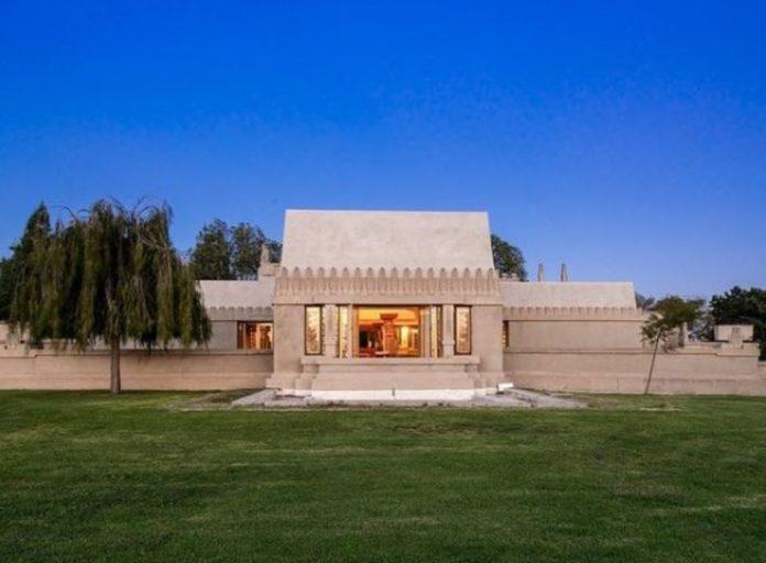 Hollyhock House: la casa de estilo maya que engalana la ciudad de Los Ángeles