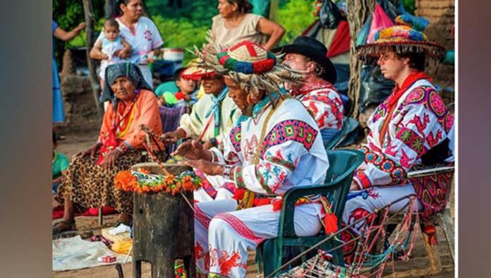 Huicholes México