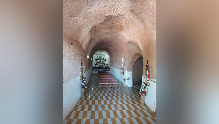 Iglesia de arena en Villa Corona Jalisco