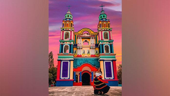 Iglesia del Señor de Tila, donde el color es el protagonista