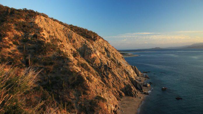 Isla Cerralvo: un encuentro con la aventura en Baja California Sur