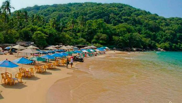 Playa Majahua, un rincón poco explorado de Punta Diamante