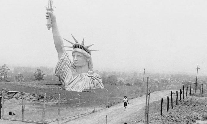 ¿Qué hacía la Estatua de La Libertad en Iztapalapa en 1985?