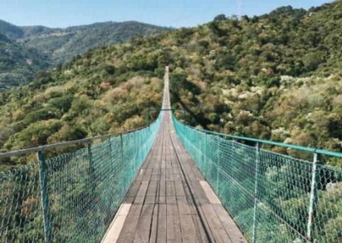 Mazamitla, sede de uno de los puentes colgantes más grandes de América Latina