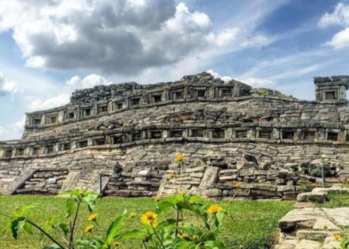 Yohualichan: la zona totonaca con