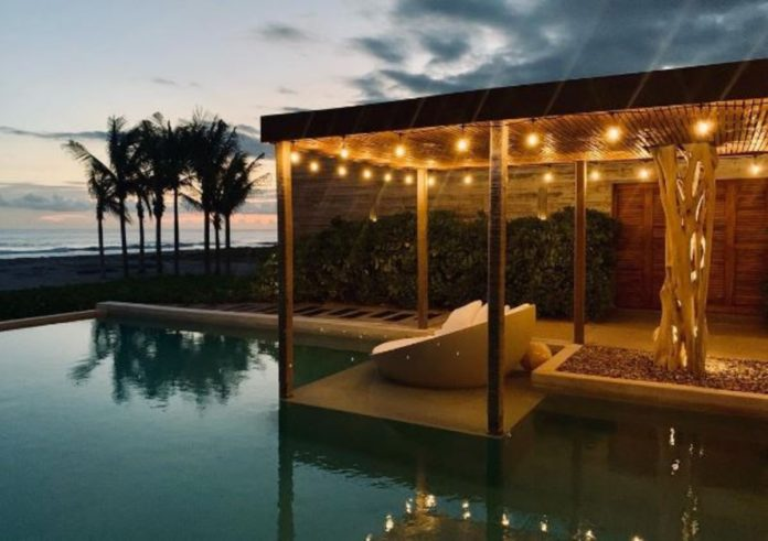 Casa Cova, un lugar de ensueño en medio de la playa