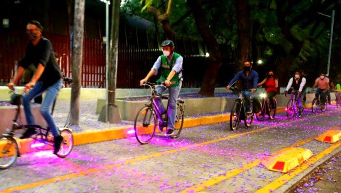 Ciclovía luminosa Miguel Hidalgo