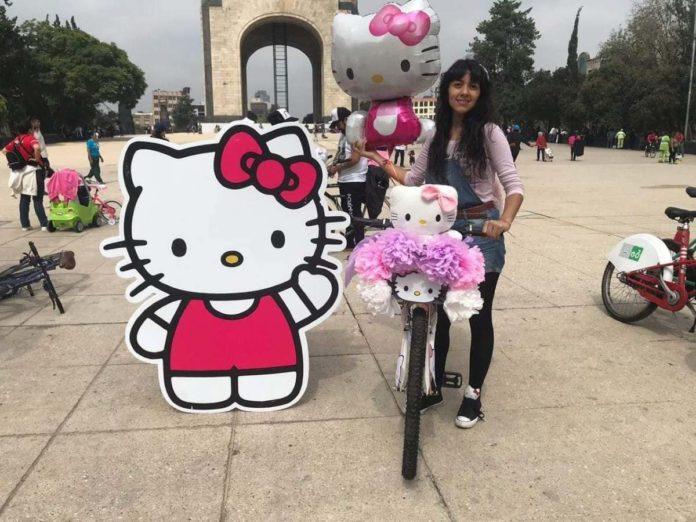 Hello Kitty se apodera de la CDMX con una rodada ciclista temática