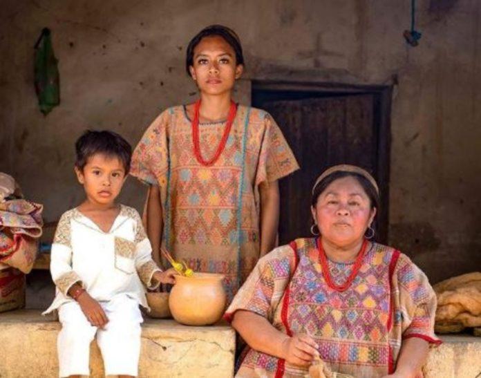 Huipil, el vestido más hermoso de México