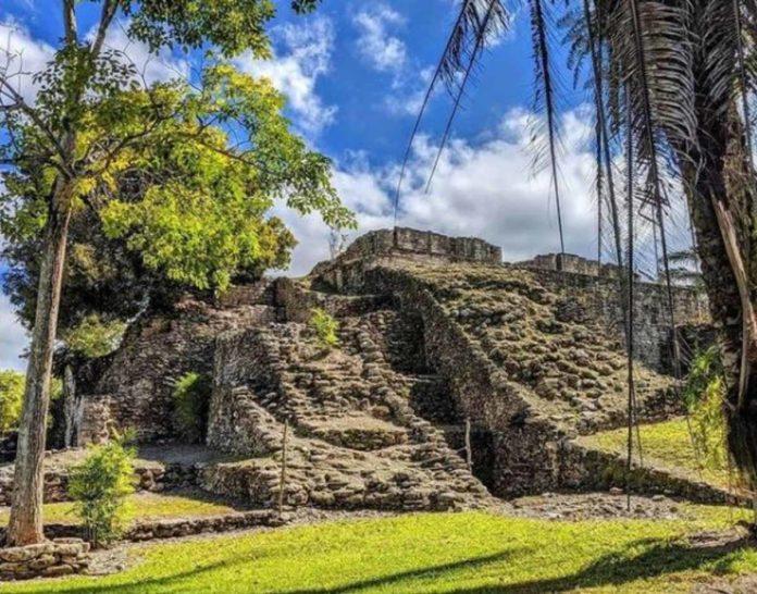 Ruinas de Kohunlich, una belleza prehispánica de Quintana Roo