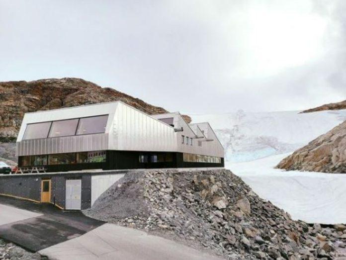 Noruega: un glaciar te recibe en Folgefonna Glacier Center