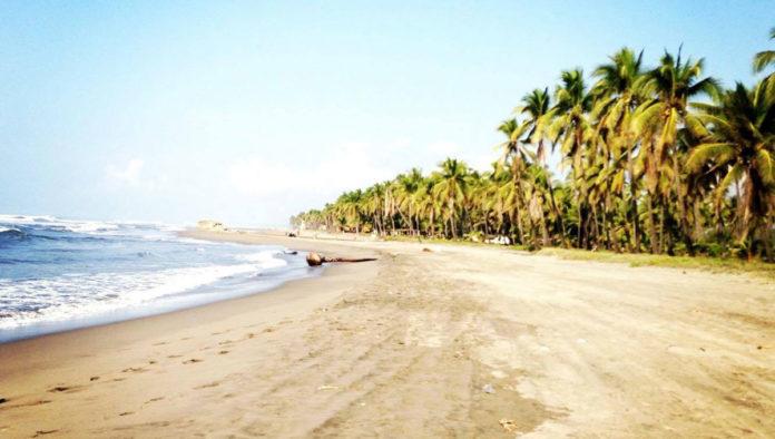 Playa Jardín, donde la naturaleza generosa te recibe con hospitalidad