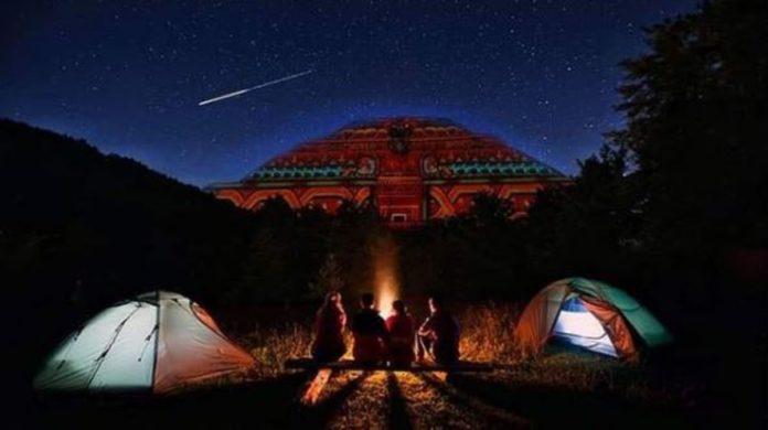 Teotihuacán: recibe el equinoccio en un campamento bajo las estrellas